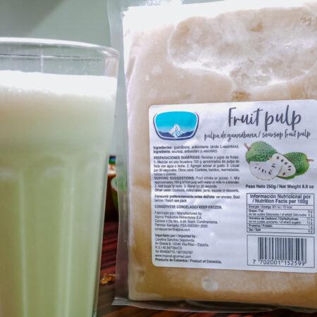 Guanábana drank/Zuurzak fruit pulp